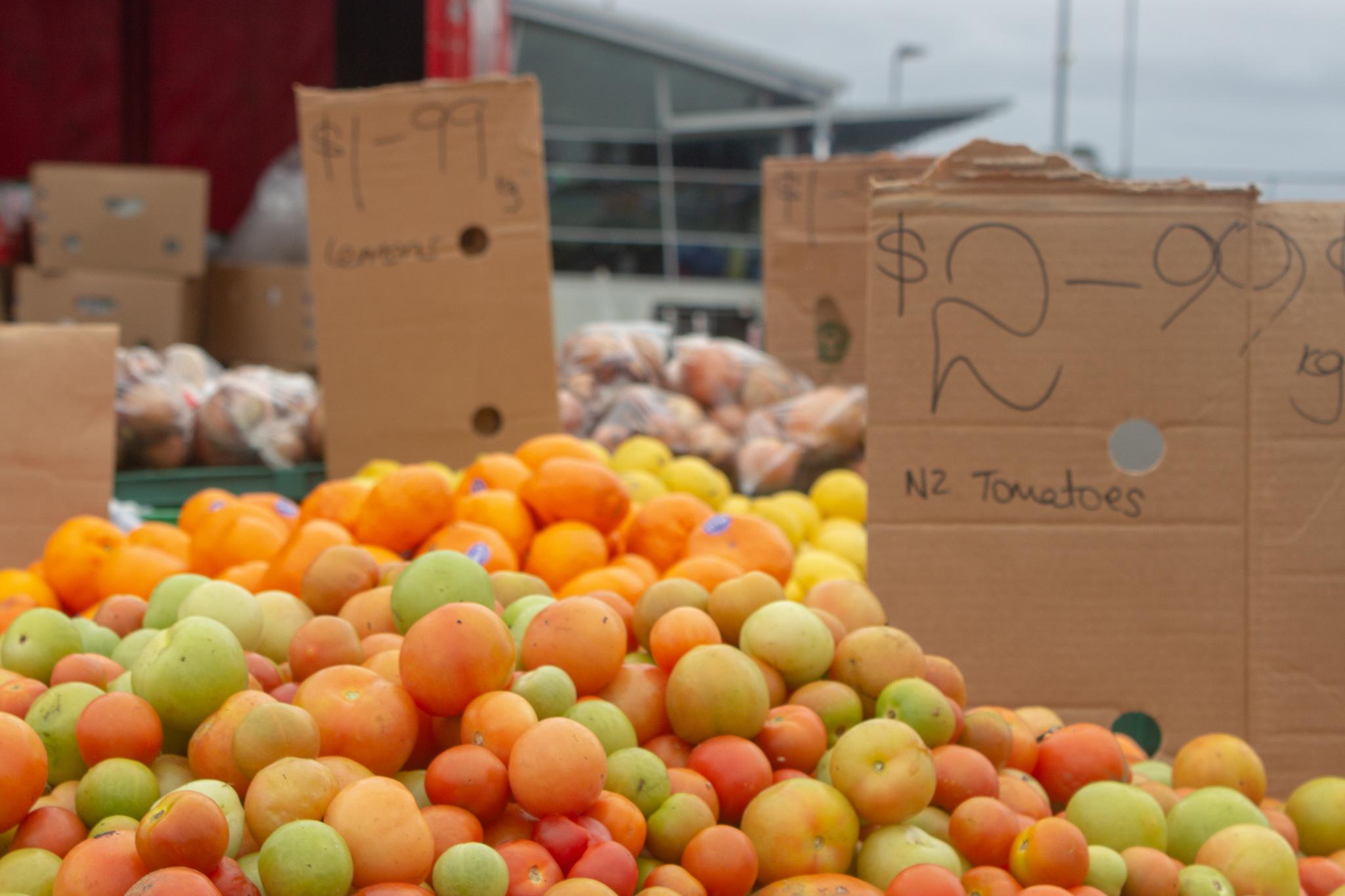 oranges at the otahuhu phoenix markets